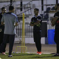 الجنوبي يجتمع بـ اللاعبين قبل التدريب