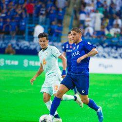 كويلار ملفتا في أول مبارياته