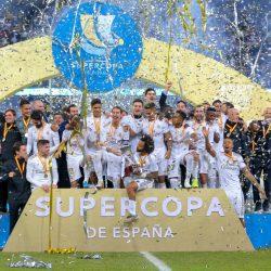 ريال مدريد يتوج بكأس السوبر الإسباني في الجوهرة