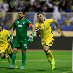 حمد الله يقود النصر لنصف النهائي