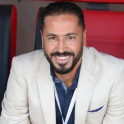 الوحدة يقيل مدربه الأردني عقب رباعية العين