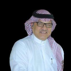 """نقطة وفاصلة """"أحمد زي حاج أحمد"""""""
