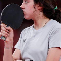 الطفلة الأولمبية هند ظاطا تكسب تعاطف السوريين